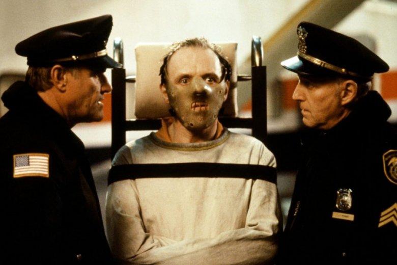 John Douglas stał się pierwowzorem postaci Jacka Crawforda, agenta z filmów o Hannibalu Lecterze