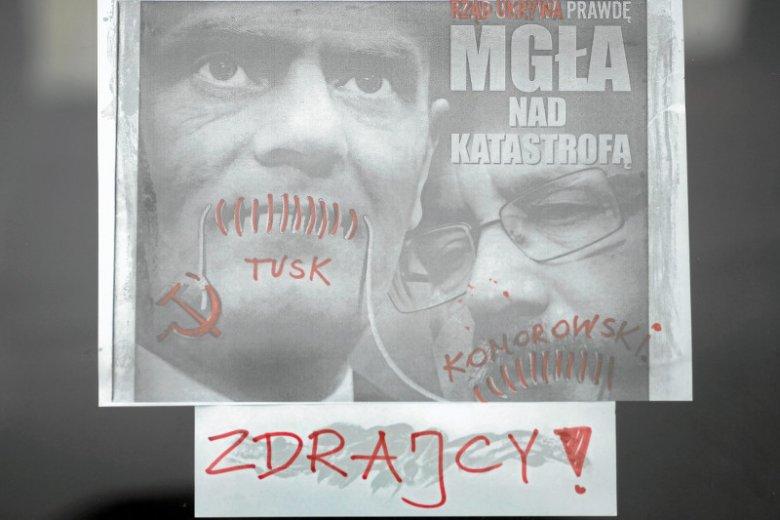 W PiS panuje przekonanie, że tylko oni są patriotami, sympatycy innych partii to zdrajcy i agenci