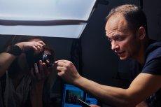 Tomek Drzewiński w pracy