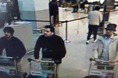 To zdjęcie z kamery znajdującej się na lotnisku w Brukseli przedstawia mężczyzn odpowiedzialnych za wtorkowe zamachy.