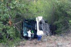 W Turcji spadł ze skarpy autokar z polskimi turystami.