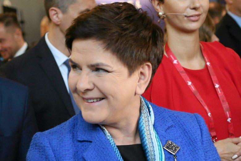 Kancelaria Prezesa Rady Ministrów od marca do grudnia 2017 roku przeznaczyła na wizaż m.in. dla Beaty Szydło 169,9 tys. zł.