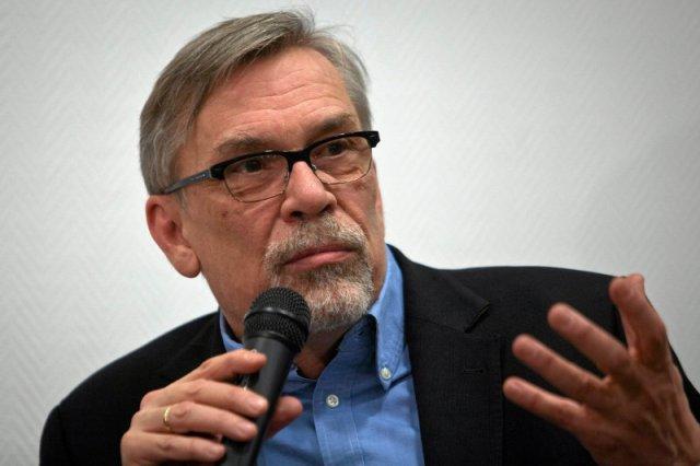 """Pisarz zawstydził polityków na gali Paszportów """"Polityki"""". Żakowski: Zapanowało zakłopotanie"""
