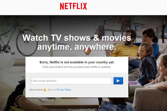 """Netflix w Polsce już w 2015 roku. Eksperci mówią: będzie miał ciężko, Polacy wolą """"lokalne seriale"""". I mają rację"""