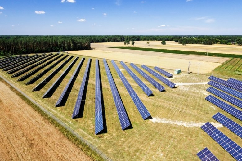 Farma fotowoltaiczna należąca do gmin partnerstwa Dolina Zielawy. Jedna z największych inwestycji samorządowych w energię odnawialną w Polsce