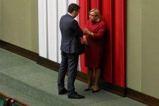 Ministra Ziobro i szefową Kancelarii Premiera, Beatę Kempę wiąże nie tylko znajomość zawodowa. Sejmowe ławki zamienili na kościelne w Sycowie. Za mąż wychodziła córka Beaty Kempy.