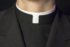 Parafianie stanęli murem za księdzem podejrzanym o molestowanie dzieci.