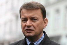 Minister Mariusz Błaszczak twierdzi, że widzi radość na twarzach dziennikarzy TVN, którzy relacjonują sprawę prokuratora Piotrowicza (PiS).