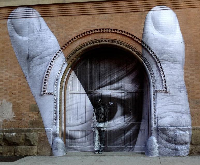JR, Liu Bolin: Street Art, Nolita, Manhattan, Nowy Jork, 2012. http://www.streetartutopia.com/?p=7470