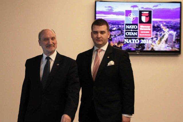 """""""NATO na pewno jest zdezorientowane tem, co się dzieje w Polsce"""" – mówi gen. Koziej."""