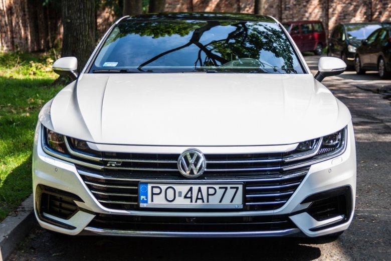 Jeśli komuś nie przeszkadza znaczek Volkswagena, będzie Arteonem zachwycony.