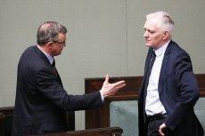 Poseł koalicyjnej Solidarnej Polski Tadeusz Cymański nie chciał bronić gigantycznych nagród dla ministrów. Skrytykował też szefa Porozumienia Jarosława Gowina.