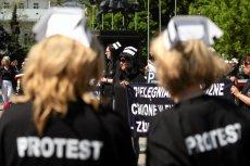 Na zdjęciu protest pielęgniarek w Lublinie, w 2015 r.  Zdjęcie jest tylko ilustracją do tekstu.