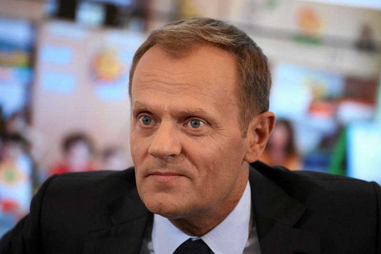 """Rząd chce, by Polacy """"dobrowolnie"""" oddawali pieniądze do ZUS-u"""