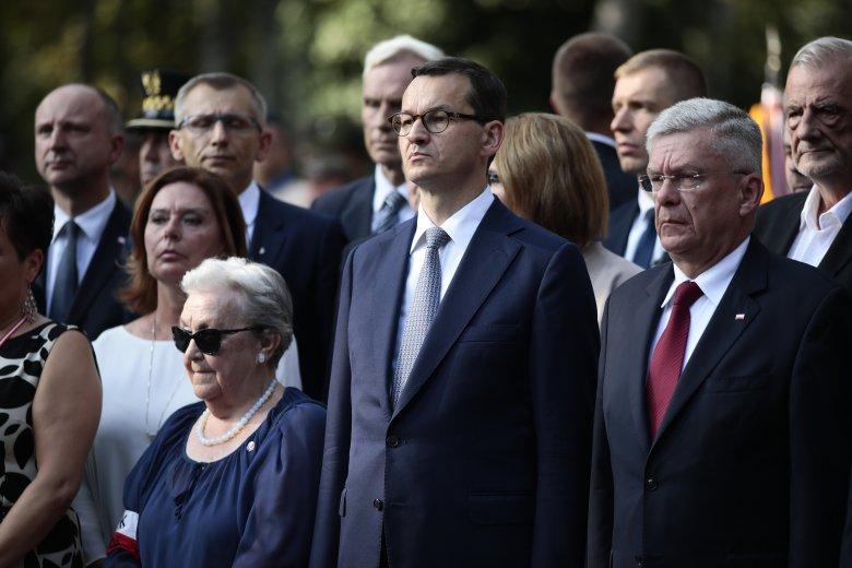 Hanna Stadnik podczas obchodów 74. rocznicy wybuchu Powstania Warszawskiego przy pomniku Gloria Victis.