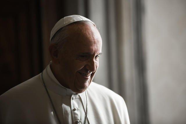 Papież Franciszek jeszcze raz przypomniał o tragedii uciekinierów z Bliskiego Wschodu.