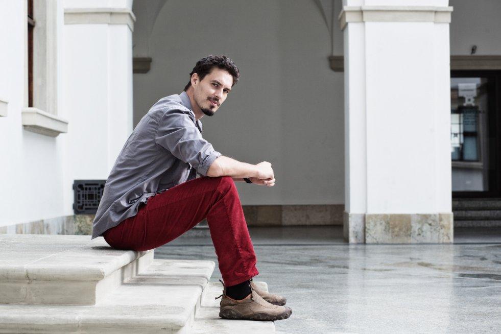 Tomek Michniewicz wydał nową książkę pt. Chrobot. Nam opowiada o kulisach jej powstawania.