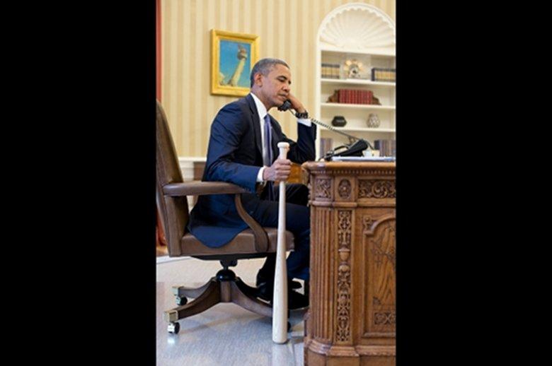 Barack Obama podczas rozmowy z prezydentem Turcji