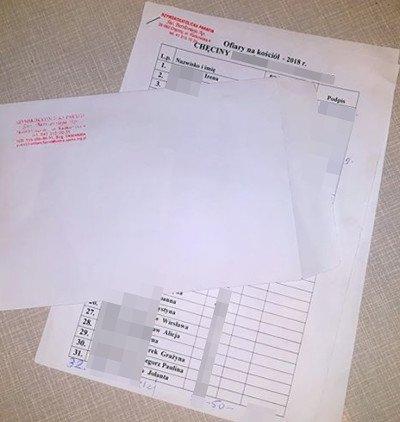 Taką listę proboszcz chęcińskiej parafii od czasu do czasu puszcza w obieg, od domu do domu. Im dalej - tym więcej podpisów i wpisanych kwot.