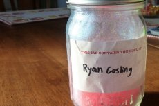 Słoik z duszą Goslinga. Serio?