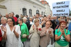 Sierpień 2010. Warszawa. Protest przeciwko planowanej podwyżce stawek podatku VAT