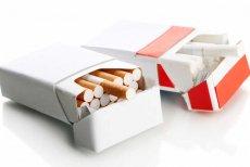 Irlandia chce wprowadzić jednolite opakowania papierosów. Na razie nie wiadomo dokładnie jak będą wyglądały, ale mają odstraszać palaczy.