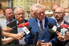 Andrzej Celiński będzie kandydatem SLD na prezydenta Warszawy. Na zdjęciu podczas konferencji prasowej na pl. Zamkowym.