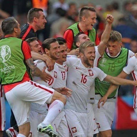Radość polskiej drużyny po meczu z Ukrainą.