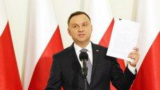 Prezydent przedstawił swoje projekty ustaw o Sądzie Najwyższym i Krajowej Radzie Sądownictwa. Co zaproponował Andrzej Duda?