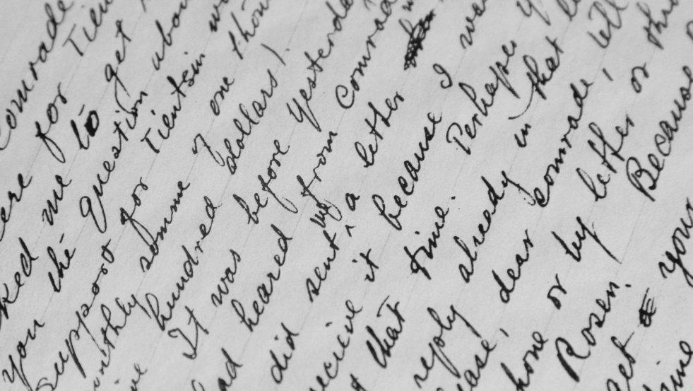 Z twojego pisma odręcznego grafolog wyczyta nawet pozycję, w jakiej sporządziłeś daną notatkę!