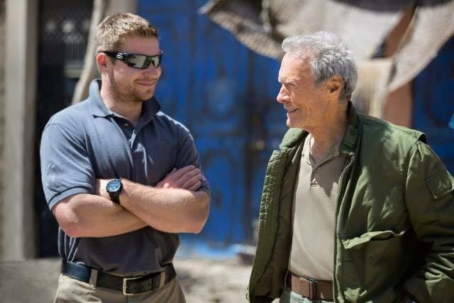 """Kevin Lacz z Clintem Eastwoodem na planie filmu """"Snajper"""""""