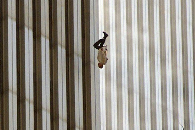 The Falling Man, zdjęcie zrobione 11 września 2001 r.