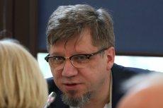 Przewodniczący Krajowej Rady Radiofonii i Telewizji Witold Kołodziejski przyznał sobie 24 tys. zł nagrody.