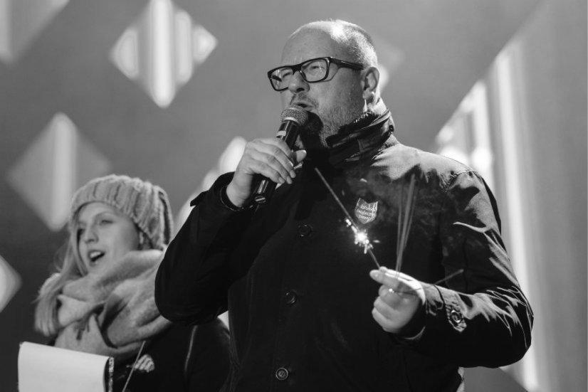 Jak zginał Adamowicz? 13 stycznia 2019 roku Stefan W. zaatakował Pawła Adamowicza. Prezydent Gdańska zmarł dzień później w szpitalu.