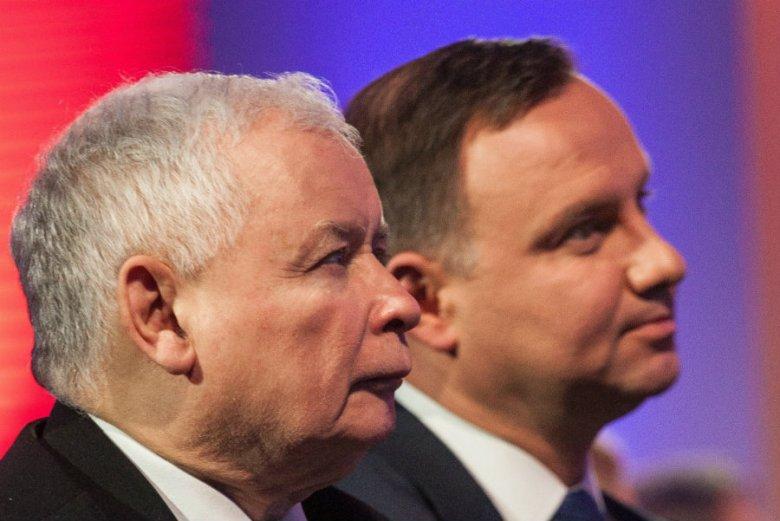 """Polska spada coraz niżej w prestiżowym democracy index tygodnika """"The Economist""""."""