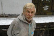 Pan Jan, bezdomny mieszkaniec Ursynowa, potrzebuje pomocy