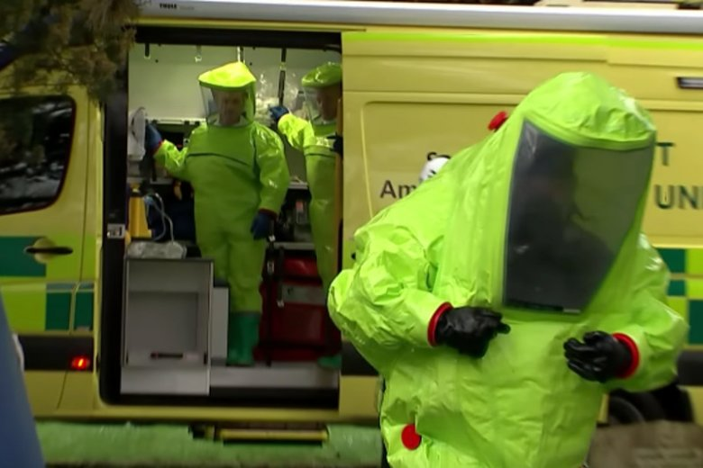 Nowiczok - to paraliżujący środek wytwarzany przez ZSRR, by ominąć Konwencję o zakazie stosowania broni chemicznej.