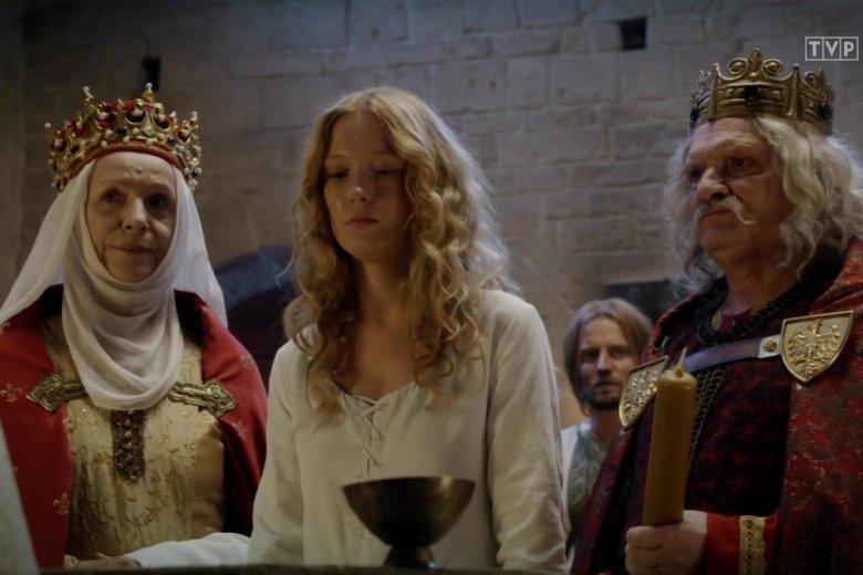 """""""Korona Królów"""" została wyśmiana przez internautów."""