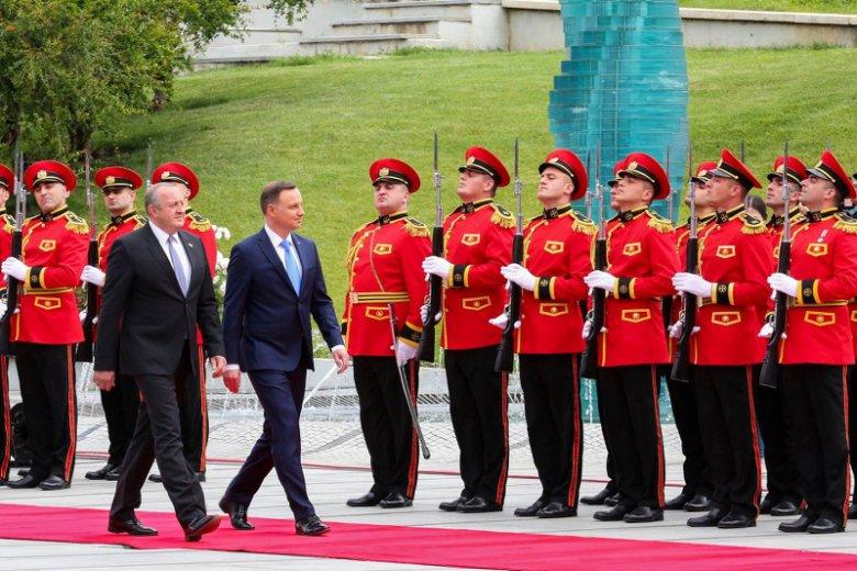 Prezydent Andrzej Duda z oficjalną wizytą w Gruzji, tu z prezydentem Giorgi Margwelaszwilim.