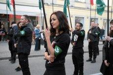 Narodowcy chcieli przemaszerować w Warszawie 1 maja. Trzaskowski nie wydał zgody na to, by przyszli na Plac Zamkowy.