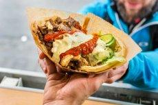 Tureccy pracownicy baru z kebabem w Nowym Sączu zostali brutalnie zaatakowani po tym, jak zostali wyproszeni z lokalu.