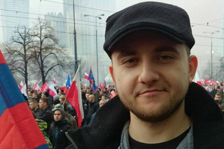 Dariusz Matecki na Marszu Niepodległości w barwach Pogoni Szczecin