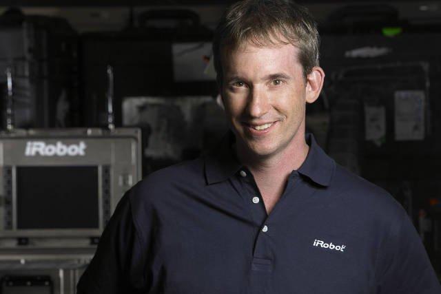Colin Angle - założyciel i Prezes firmy iRobot Corporation