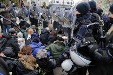 Interwencja policji podczas IV Marszu Pamięci Żołnierzy Wyklętych .