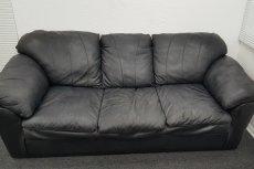 Typowa kanapa castingowa – bez pieprznych skojarzeń prosimy