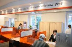 """Sama znajomość danych  PESEL nie wystarczą, żeby wziąć w Polsce """"chwilówkę"""". Potrzebny będzie jeszcze dowód osobisty."""