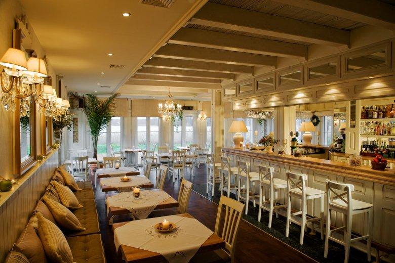 Restauracja hotelu Jabłoń Lake Resort