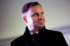Wizycie prezydenta Andrzeja Dudy w Gdańsku towarzyszyły protesty mieszkańców popierających prodemokratyczną opozycję.