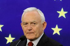 Leszek Miller wyjaśnił powody klęski dyplomatycznej PiS na forum europejskim.
