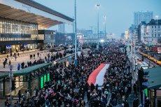 """Podczas """"Czarnego Piątku"""" tylko w Warszawie manifestowało 55 tysięcy osób"""